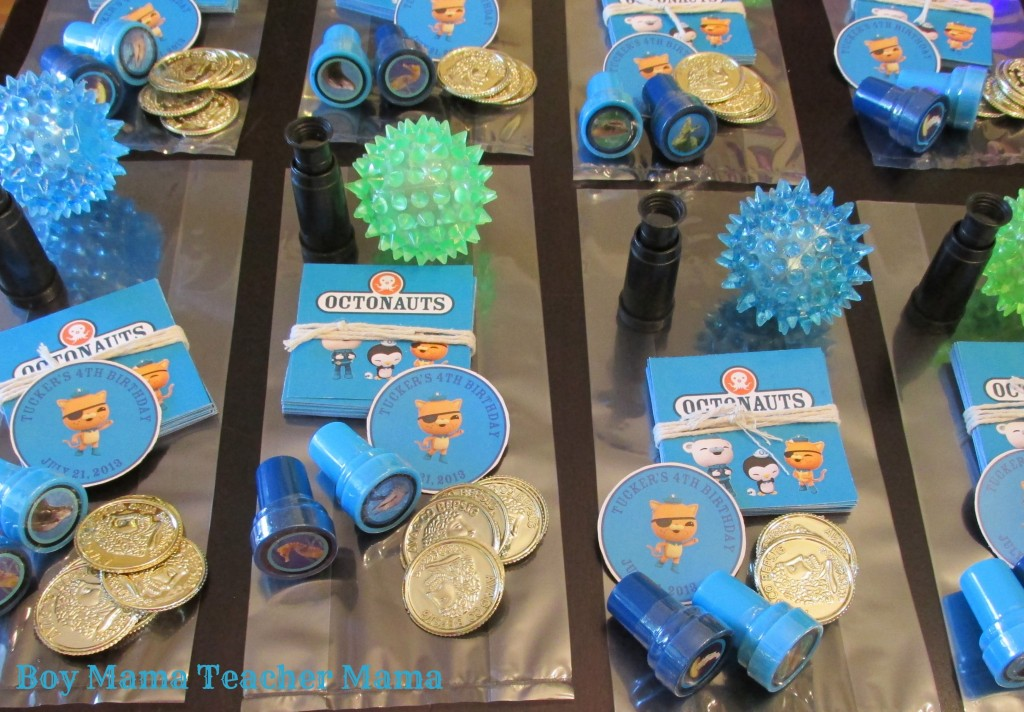 Boy Mama Teacher Mama | An Octonauts Birthday Party bags