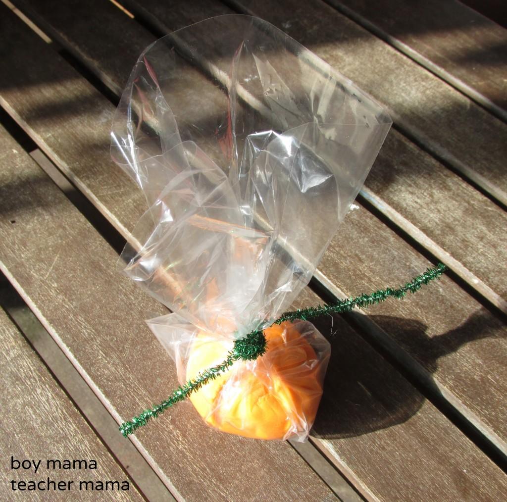 Boy Mama Teacher Mama | Play Dough Pumpkin Face Goodie Bags