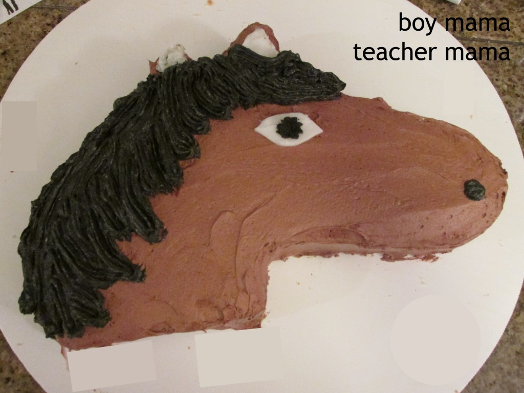 Boy Mama Teacher Mama | Simple Horse Themed Birthday Party done on tray