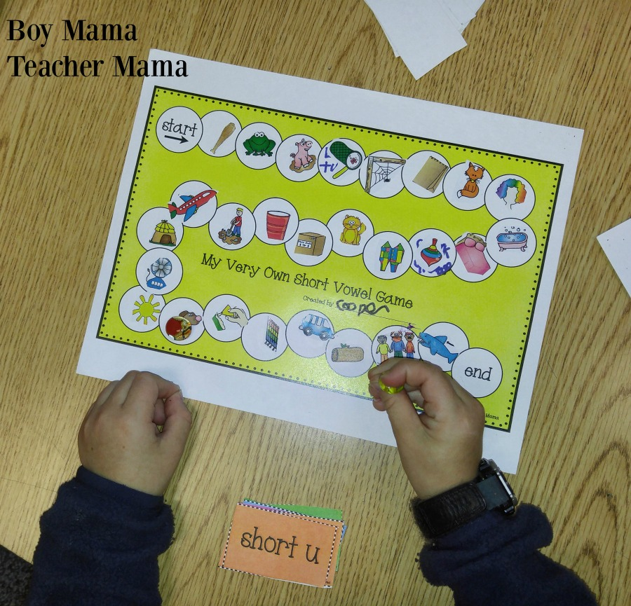 boy-mama-teacher-mama-create-and-play-short-vowel-game-2